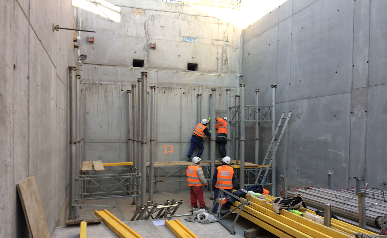 FInal sedimentation tank of the central waste water treament plant CZ-Prague